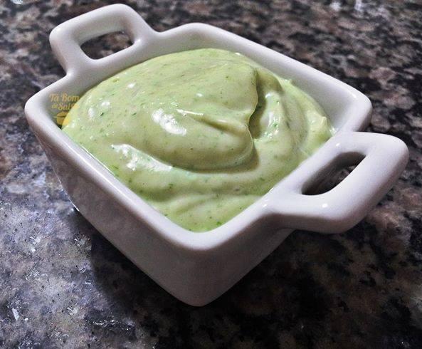 Receita de Molho maionese verde
