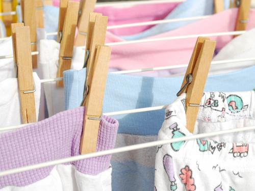 8 dicas para lavar e organizar as roupas do bebê