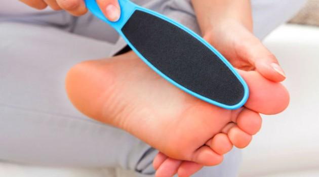 Lixar os pés faz bem ?