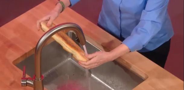 Curiosidade: Pão debaixo da torneira