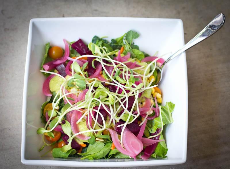 Confira um ingrediente secreto para uma salada incrível