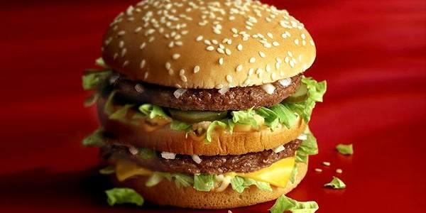 O que acontece com seu corpo 1 hora após comer um Big Mac: veja efeitos assustadores