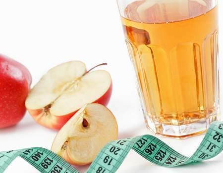 O que acontece quando você toma mel e vinagre de maçã pela manhã em jejum