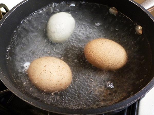 Como tratar a sinusite usando ovo cozido