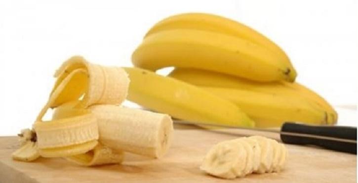 Japonesa cria dieta para ajudar o marido – e ele perdeu 37 quilos comendo bananas