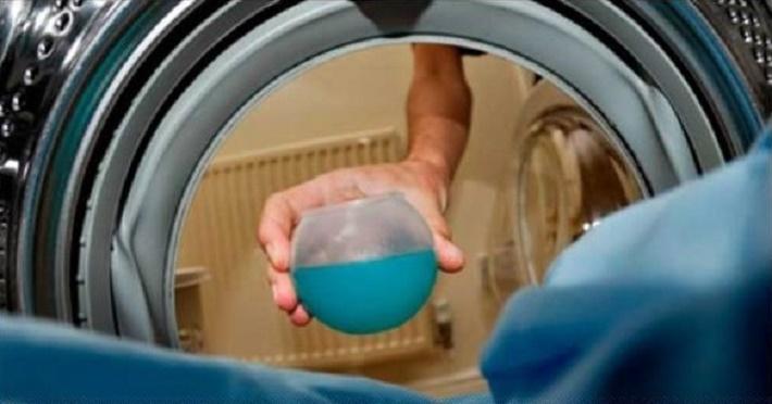 Coloque isto na máquina de lavar roupa – as manchas mais difíceis desaparecerão como mágica