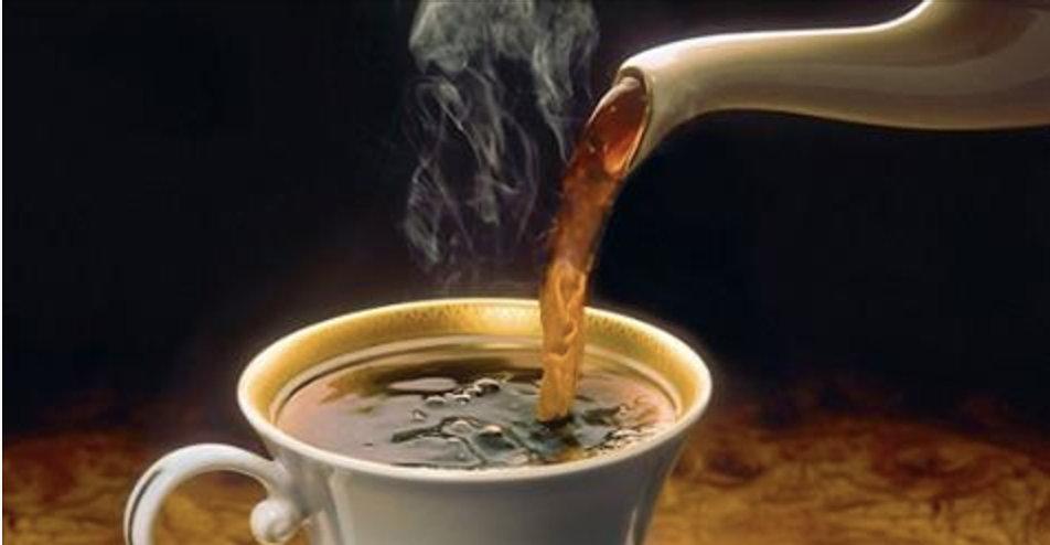 Coloque 2 colheres deste ingrediente no café e torne a perda de peso muito mais rápida!