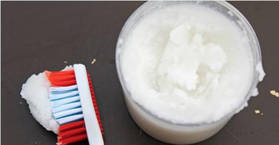 Este creme dental vai proteger seus dentes e clarear o sorriso apenas com ingredientes naturais