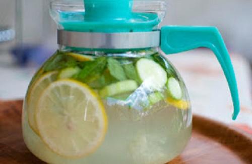 Tome esta bebida desintoxicante e perca barriga e até 2kg em apenas 4 dias!