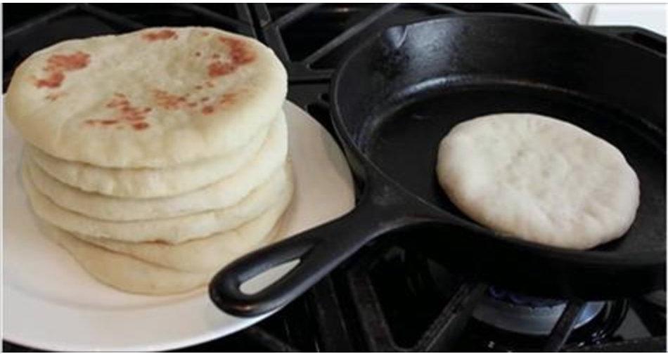 Saiba como fazer um delicioso pão caseiro de frigideira