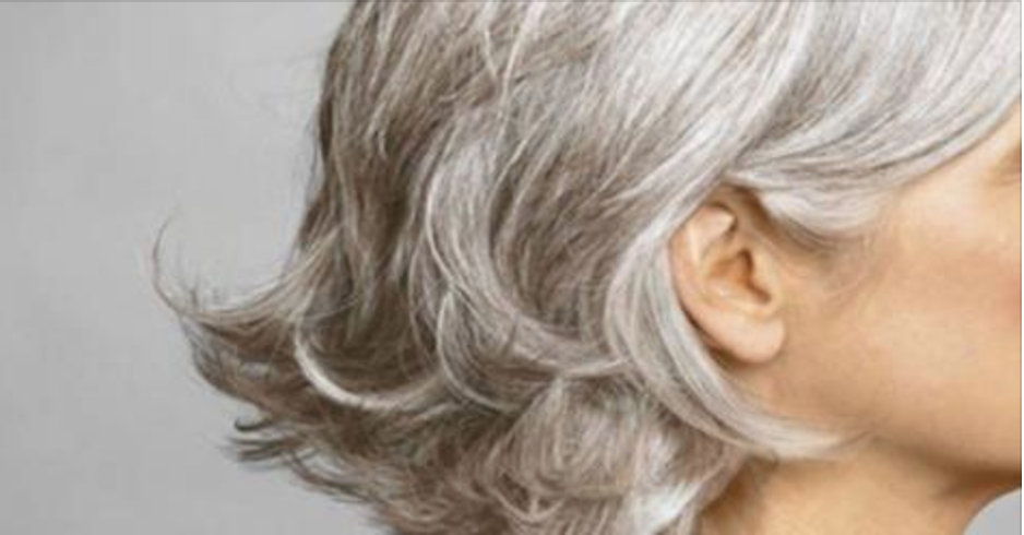 Livre-se dos cabelos brancos com apenas 2 ingredientes naturais – e funciona!