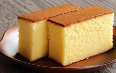 Receita do bolo macio feito com leite quente: Muito fofo para comer no café da tarde ou de manhã