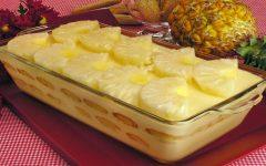 Cassata de abacaxi é uma receita deliciosa e muito refrescante.