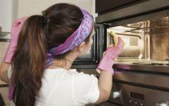 Como limpar o fogão e o micro-ondas de maneira natural
