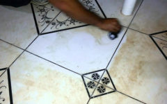 Como limpar piso encardido: passo a passo