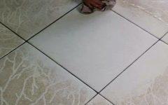 2 receitas poderosas para limpar o piso e deixá-lo brilhando