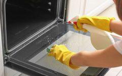 Como limpar o fogão em minutos com ingredientes que você tem em casa
